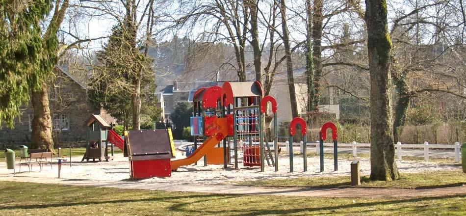 Zone 2 > 6 ans. Aire de jeux du parc de Sougné-Remouchamps
